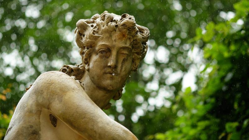 Triste statue