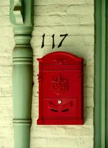 http://www.miximum.fr/wp-content/uploads/2012/09/mailbox-220x300.jpg
